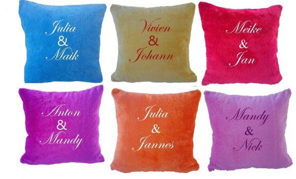 Kuschliges Kissen für Paare mit Namen