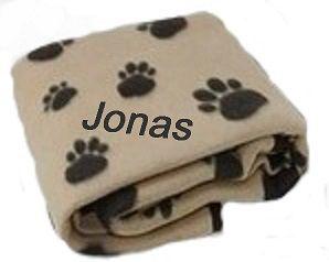 Hundedecke Pfote mit Namen bestickt
